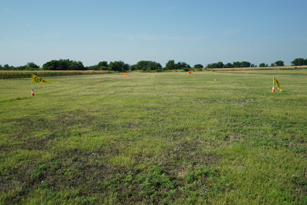 High-performance landing area