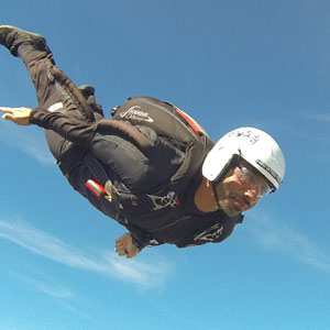 Get your skydiving license in a week!